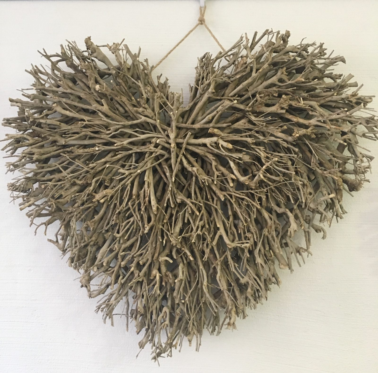 Wall Decor Twig Large Heart Natural Daydream Leisure
