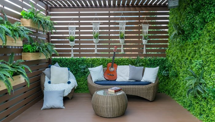 outdoor-furniture-specialists